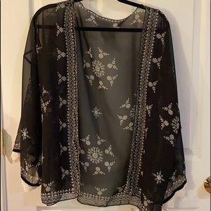 Sheer Kimono/Jacket w/ Velvet & Lace Trim Skeeves
